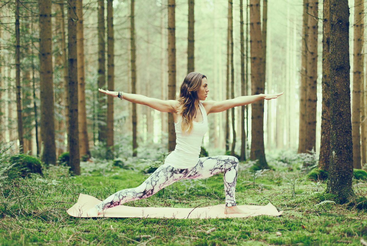 Yoga Im Wald X